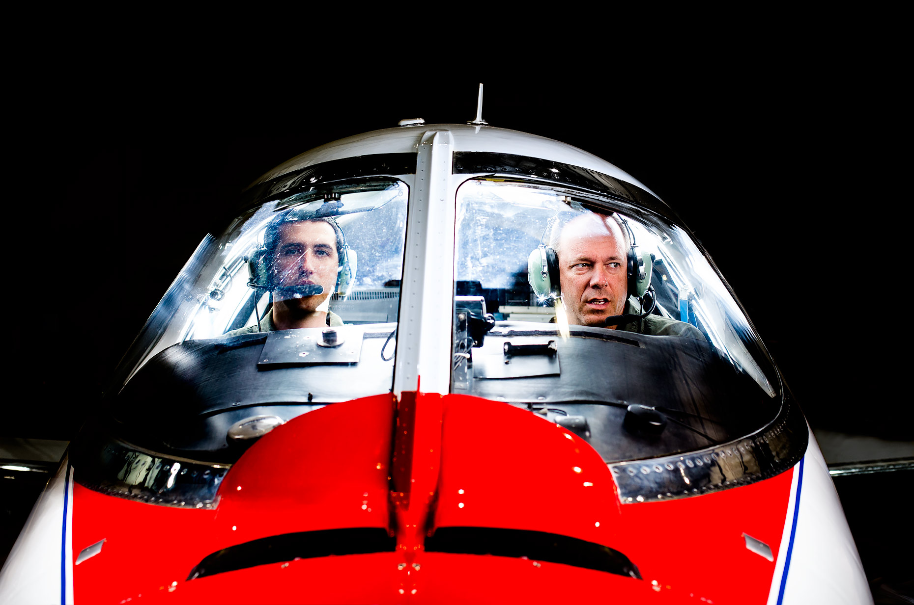 Jet cockpit | Scott Gable is an advertising and editorial photographer providing photography and video to corporate, industrial, healthcare and bio-science clients worldwide.